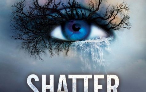 """Book Review: """"Shatter Me"""" by Tahereh Mafi"""
