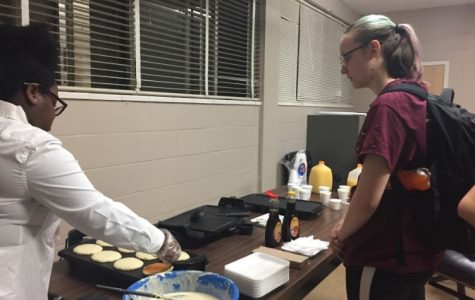 Study Hour Pancakes Sold for United Way