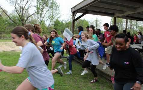 Students Organize Egg Hunt for Classmates