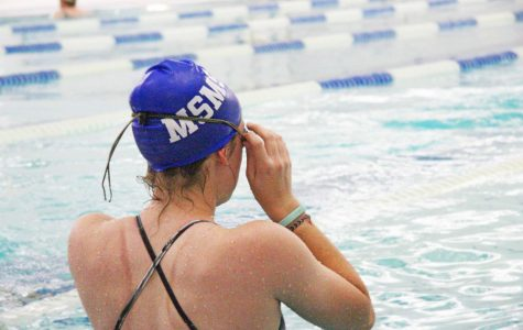 Blue Waves Prepare for First Swim