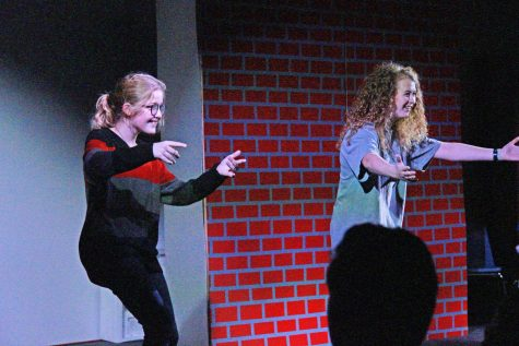 Dramatic Performance Students Take the Stage