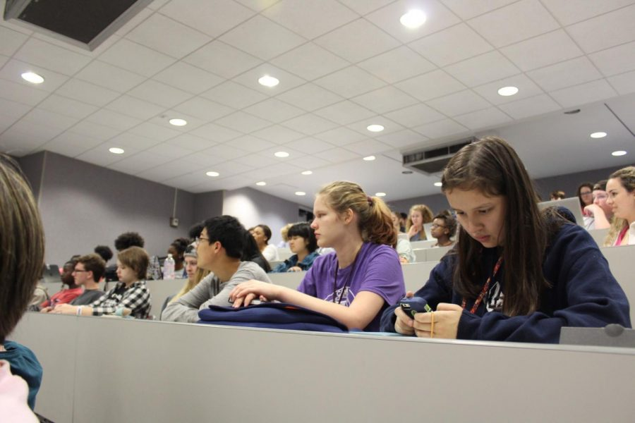 Numerous students attend the domestic violence seminar Thursday evening.