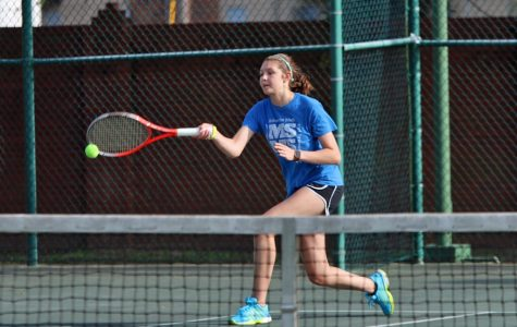Tennis Captain Erin Davis 'Serves' the Community