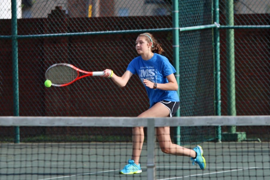 Tennis Captain Erin Davis