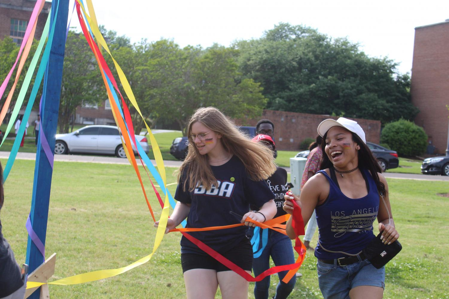 Students+partake+in+the+traditional+Swedish+activity+Tis+a+Maypole.