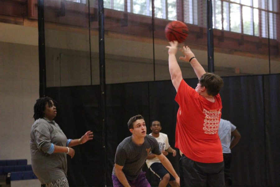 Students Drop Basketball Game to Staff