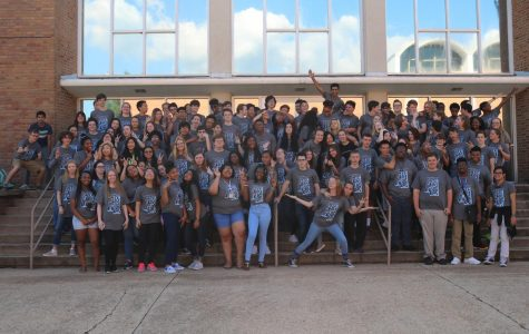 The Class of 2021 gather in front of Hooper Academic Building for a class photo sporting the new