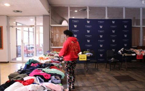 Interact Club hosts thrift store for Hurricane Dorian relief