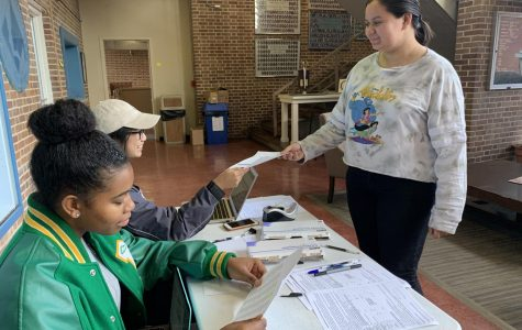 Students register to vote at  the year's second MSMS student-led voter registration drive.