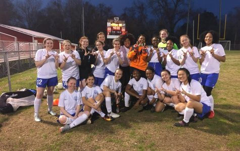 The Lady Waves won 7-0, and the Blue Waves lost 2-1.