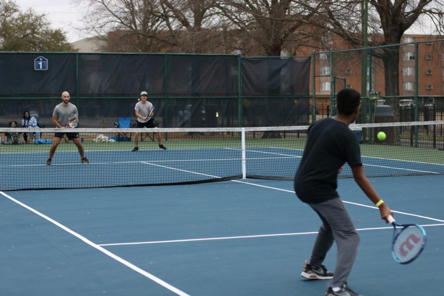 Tennis+practice+has+started+despite+not+all+players+being+able+to+be+on+campus.+