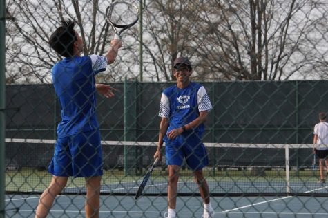 Seniors Michael Lu and Shanay Desai prepare for their upcoming matches.