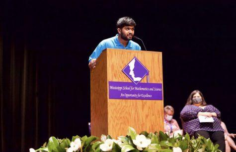 Current senior class president Vineel Vanga spoke at Opening Convocation.