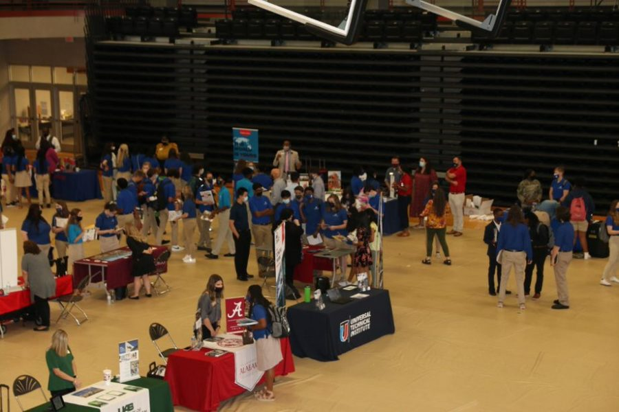 MSMS+and+local+high+schools+attend+the+annual+College+Fair.